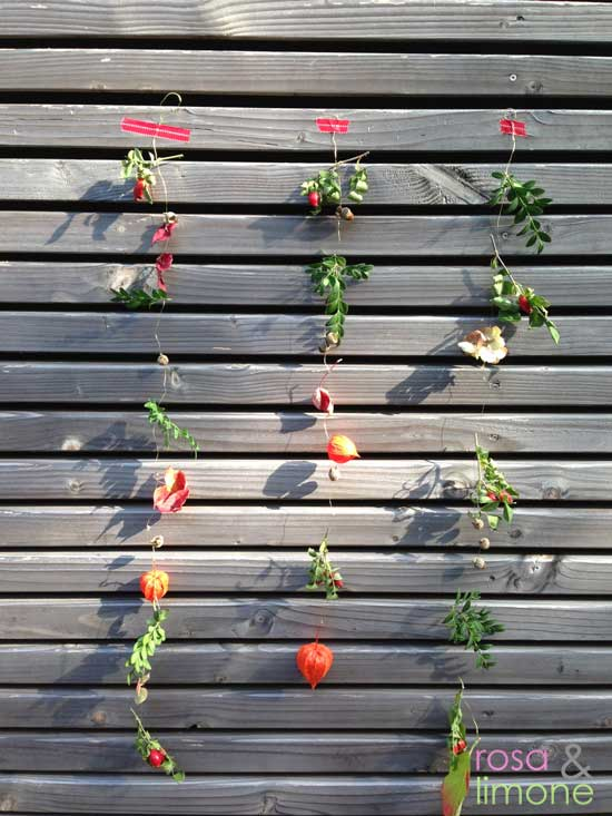 3er-herbstkette-an-Wand-rosa&limone