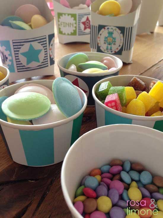 Robotergeburtstag-Candys-Tisch-Finn-rosa&limone