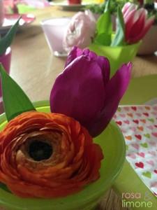 Geburtstagstischdeko-Blumen2-rosa&limone