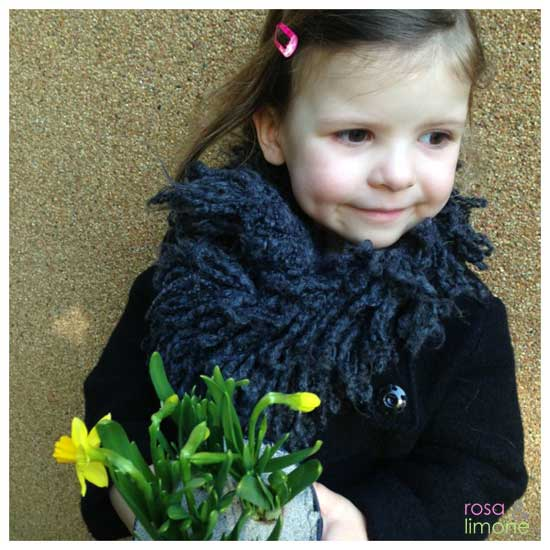 Lina-mit-Blumenstrass-rosa&limone