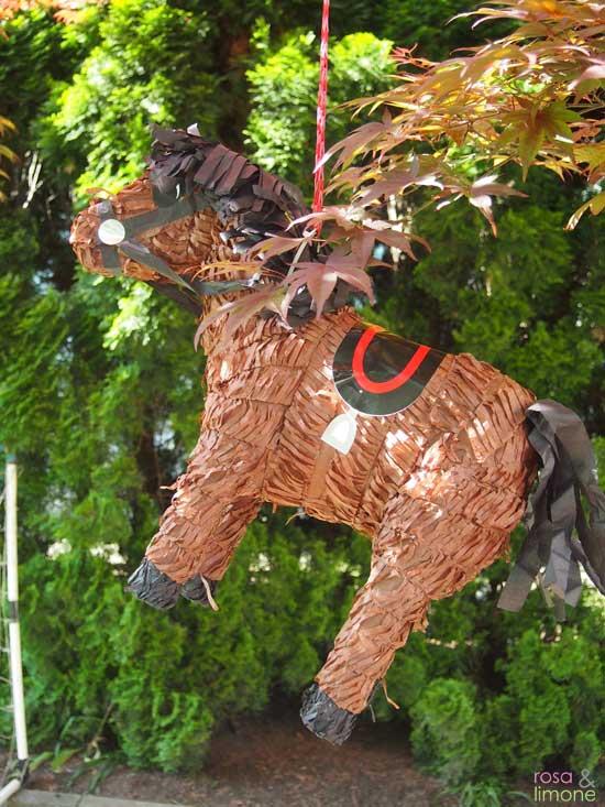 Pferdepinata-Kindergeburtstag-rosaundlimone