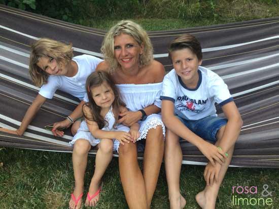 rosa-mit-Familie