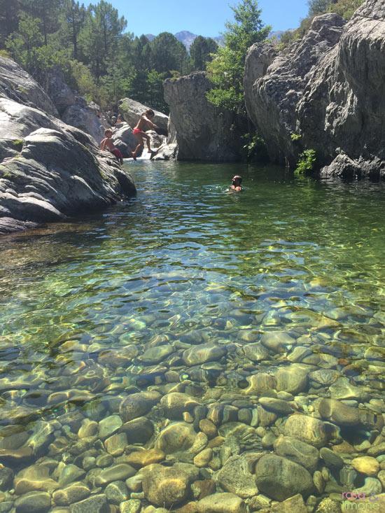 Jump-Flussbecken-Korsika