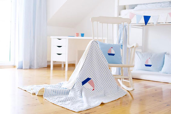 Kinderzimmer-Schiff-Maru-Maru-rosaundlimone