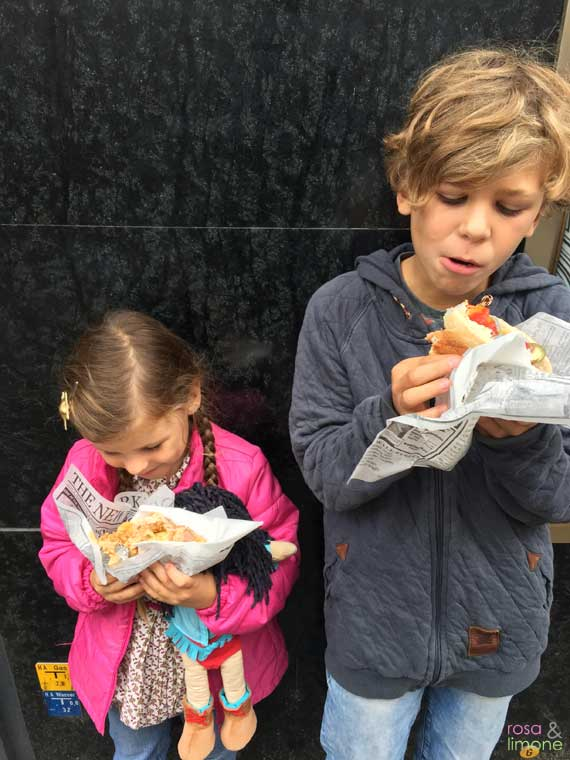 Hot-Dogs-Kids-rosaundlimone