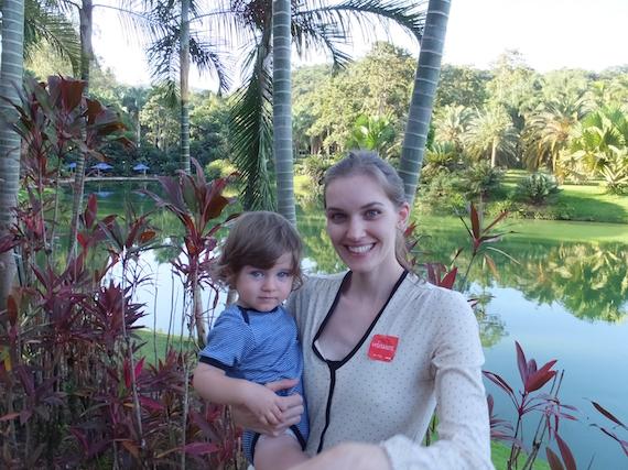 Alissa Leoni Ambrosch mit Sohn Pepi (c) privat-1