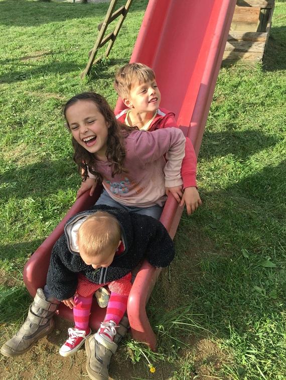 Albbilder-lachende-Kinder