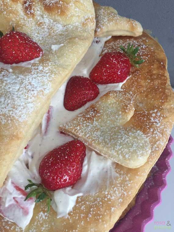 Muttertagstorte-mit-Erdbeeren
