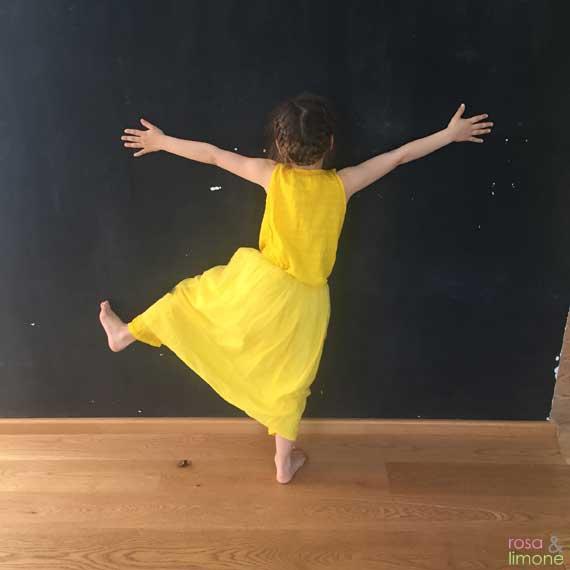 Quadrat-NUNUNU-dusty-yellow