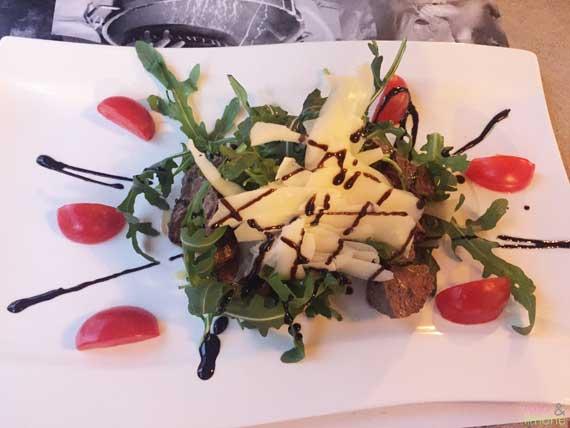 Rindfleisch-mit-Rucola