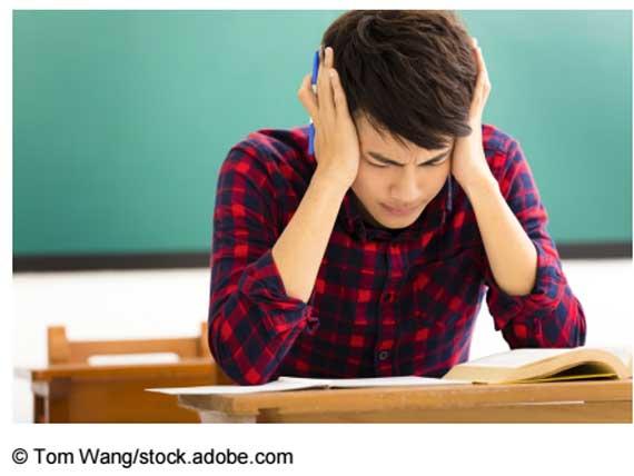 Kopfschmerzen-in-der-Schule