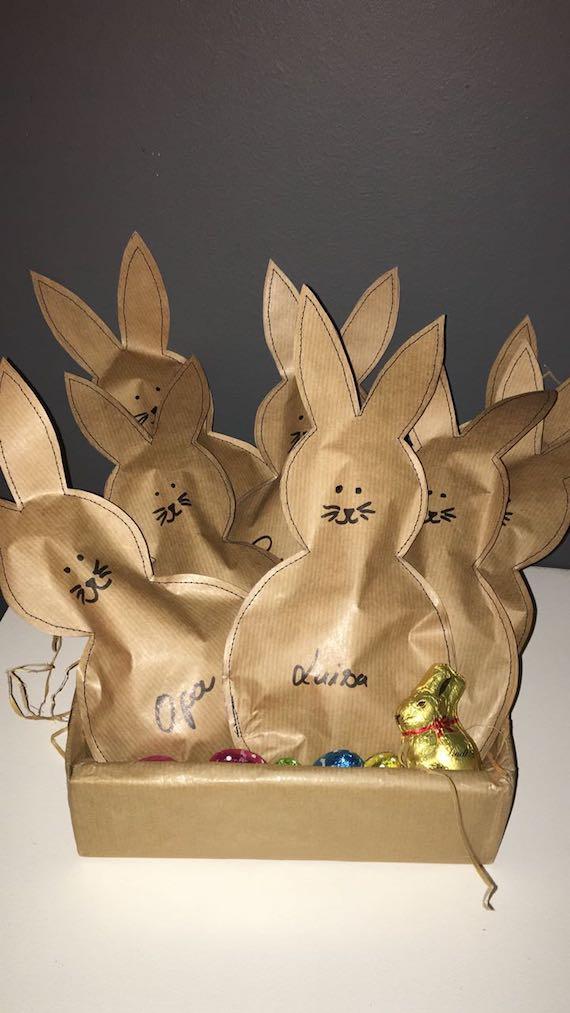 Osterhasennest mit Packpapier