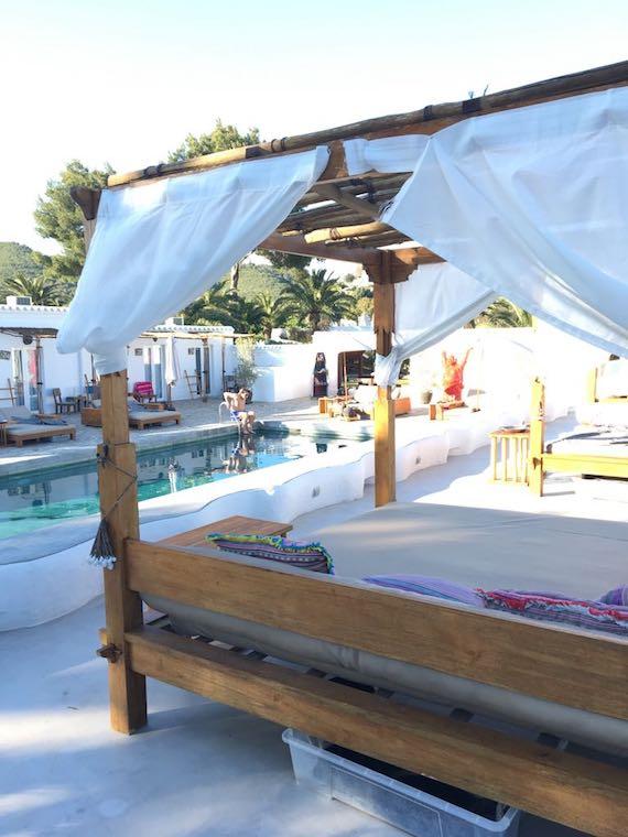 Ibiza Bett