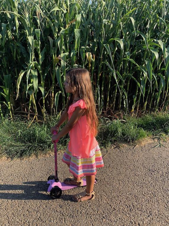 Lina im Maisfeld Kindermode 2