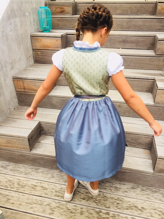 Kinderdirndl Mail 5