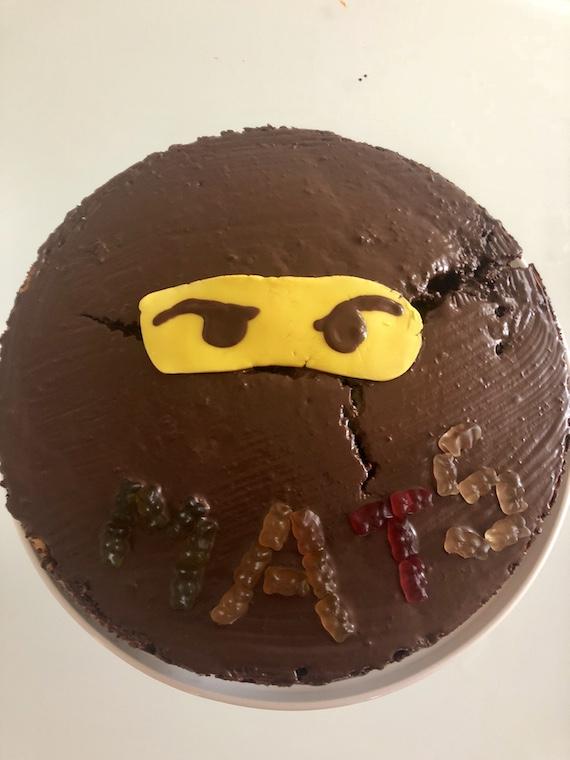 Im Legofieber Ninjago Kuchen Und Ninjago Muffins