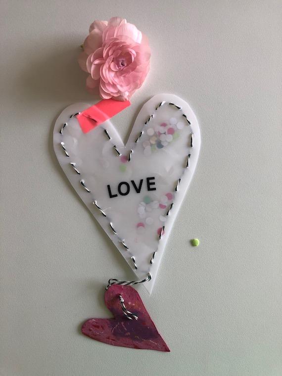 Muttertagsgeschenk zum selber basteln Konfettiherz 1