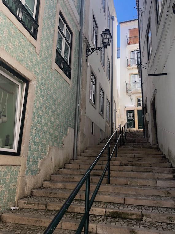 Kurztrip_Lissabon-Geheimtipps_Treppen